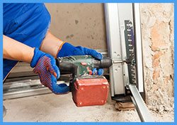 Garage Doors Store Repairs Long Beach, CA 562-528-0614